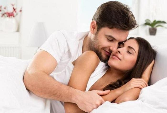 phụ nữ ra nhiều chất nhờn khi quan hệ