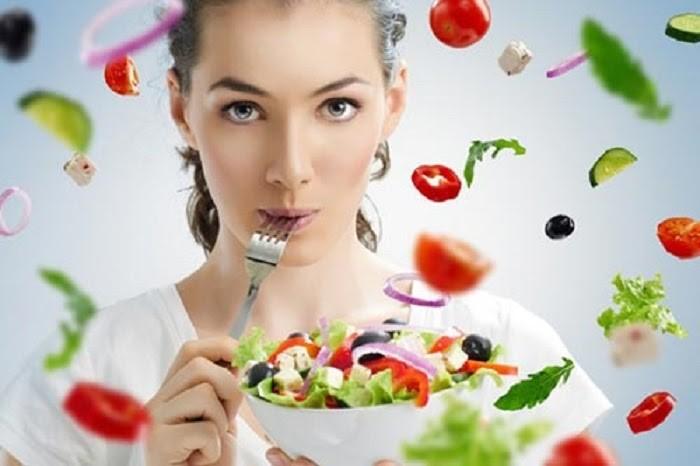 Phụ nữ có thai thường thèm ăn và ăn nhiều