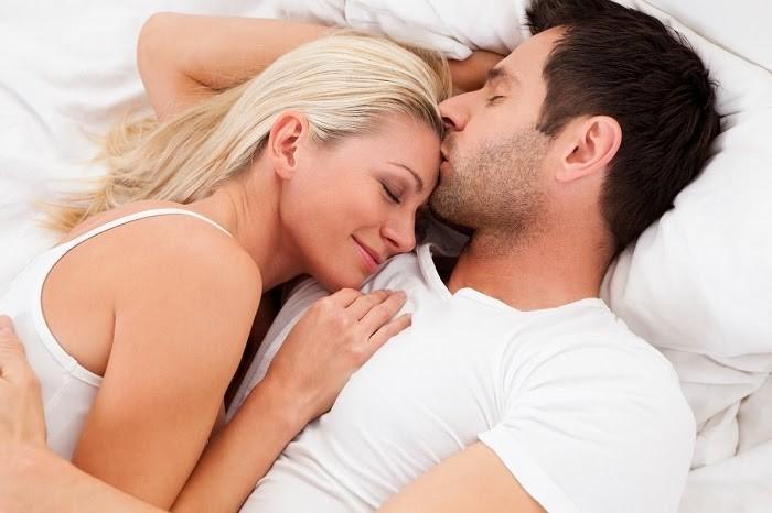 quan hệ tình dục lần đầu cần làm gì