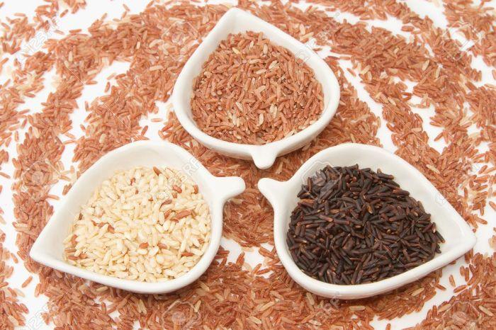 Uống bột gạo lứt có giảm cân không