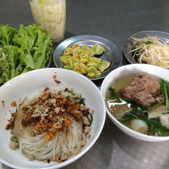 quán hủ tiếu Nam Vang ngon ở Sài Gòn