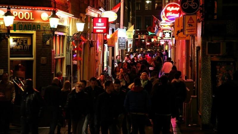 Hoạt động bán dâm của Hà Lan đặc biệt nhộn nhịp